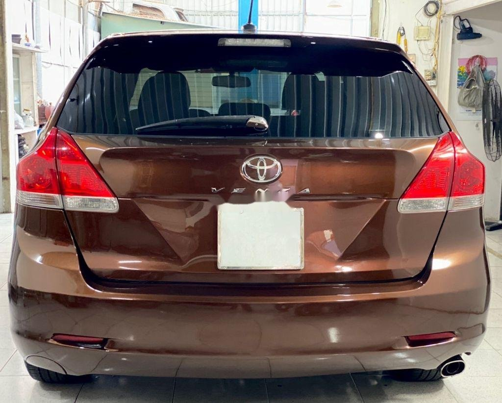 Cần bán gấp Toyota Venza năm sản xuất 2010, xe nhập còn mới giá cạnh tranh (2)
