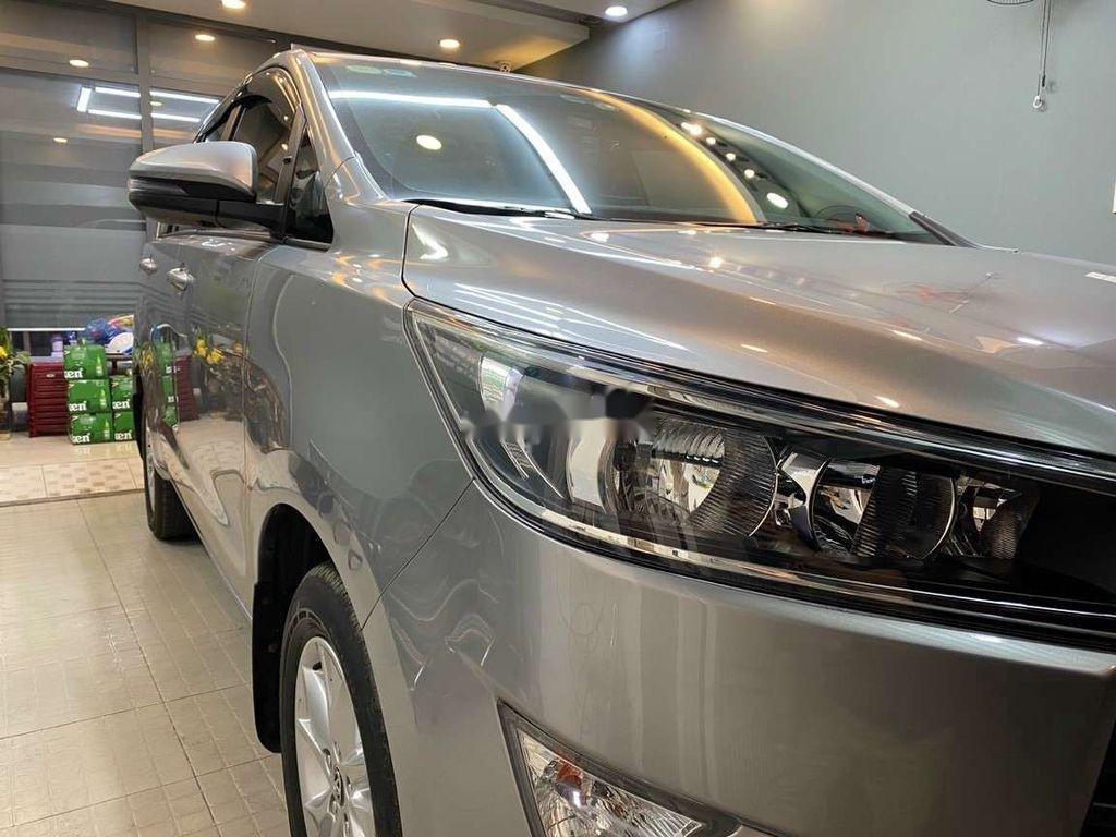 Bán Toyota Innova đời 2019, màu xám còn mới, giá chỉ 750 triệu (3)