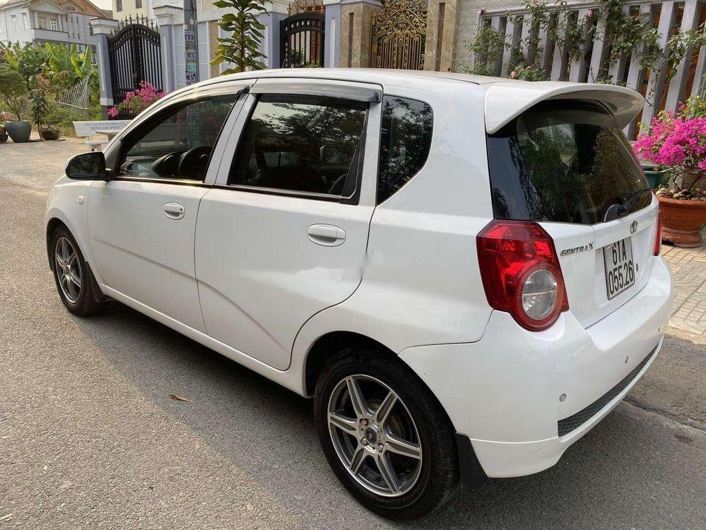 Bán Daewoo GentraX năm 2009, màu trắng, nhập khẩu còn mới (4)