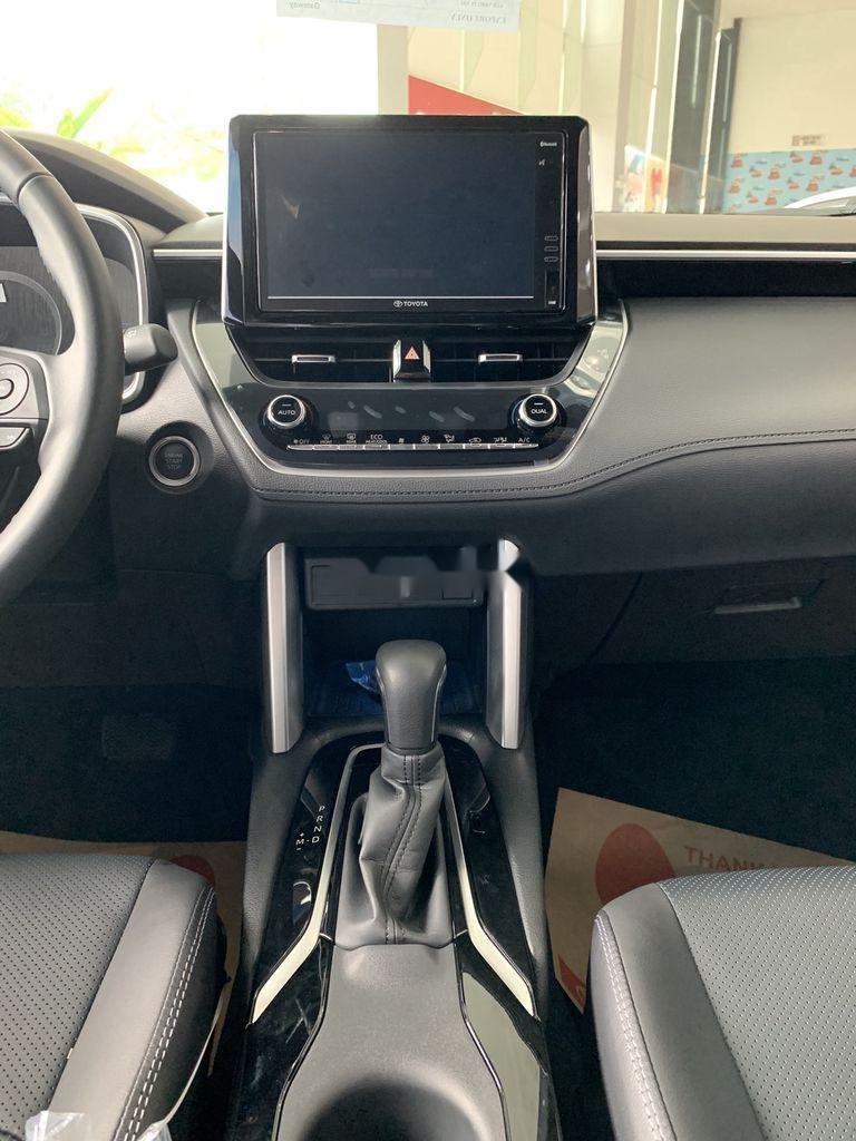Cần bán Toyota Corolla Cross đời 2021, màu xám, xe nhập, giá tốt (11)