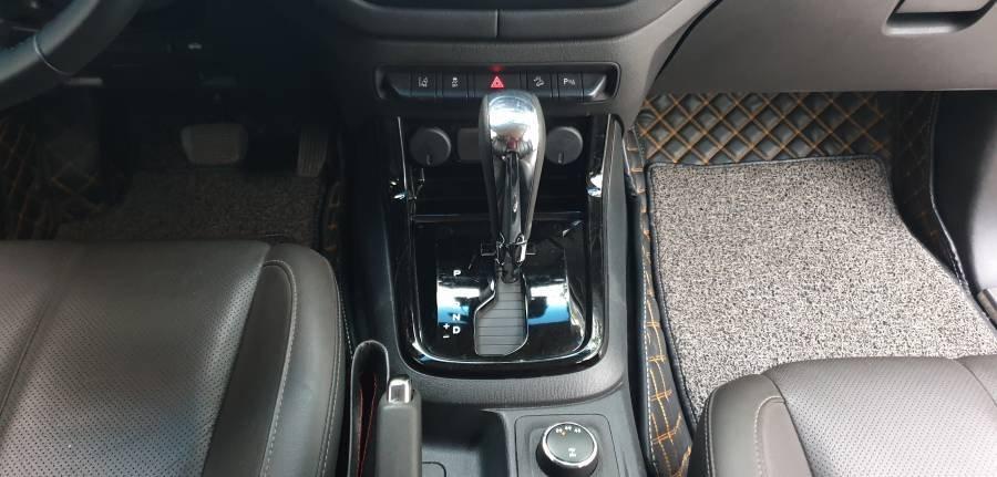 Bán ô tô Chevrolet Trailblazer 2.5 AT năm 2018, màu trắng, nhập khẩu (14)