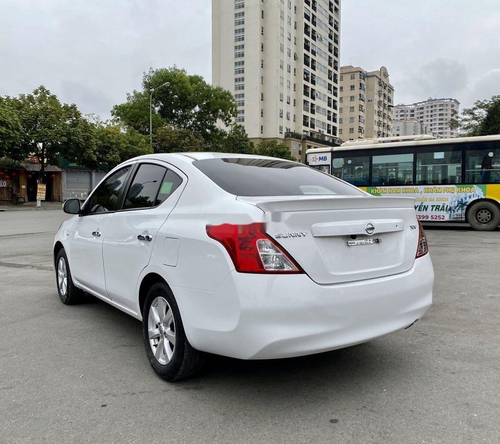 Bán xe Nissan Sunny đời 2017, màu trắng chính chủ, giá tốt (5)
