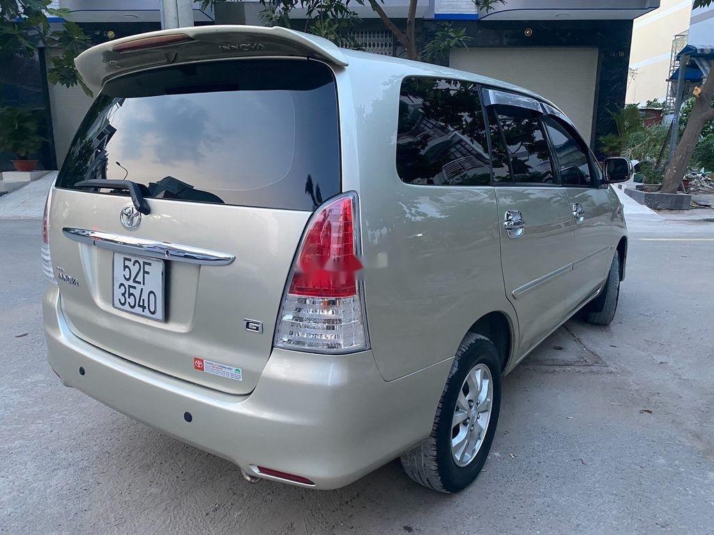 Cần bán Toyota Innova 2008, màu bạc chính chủ, 295tr (4)