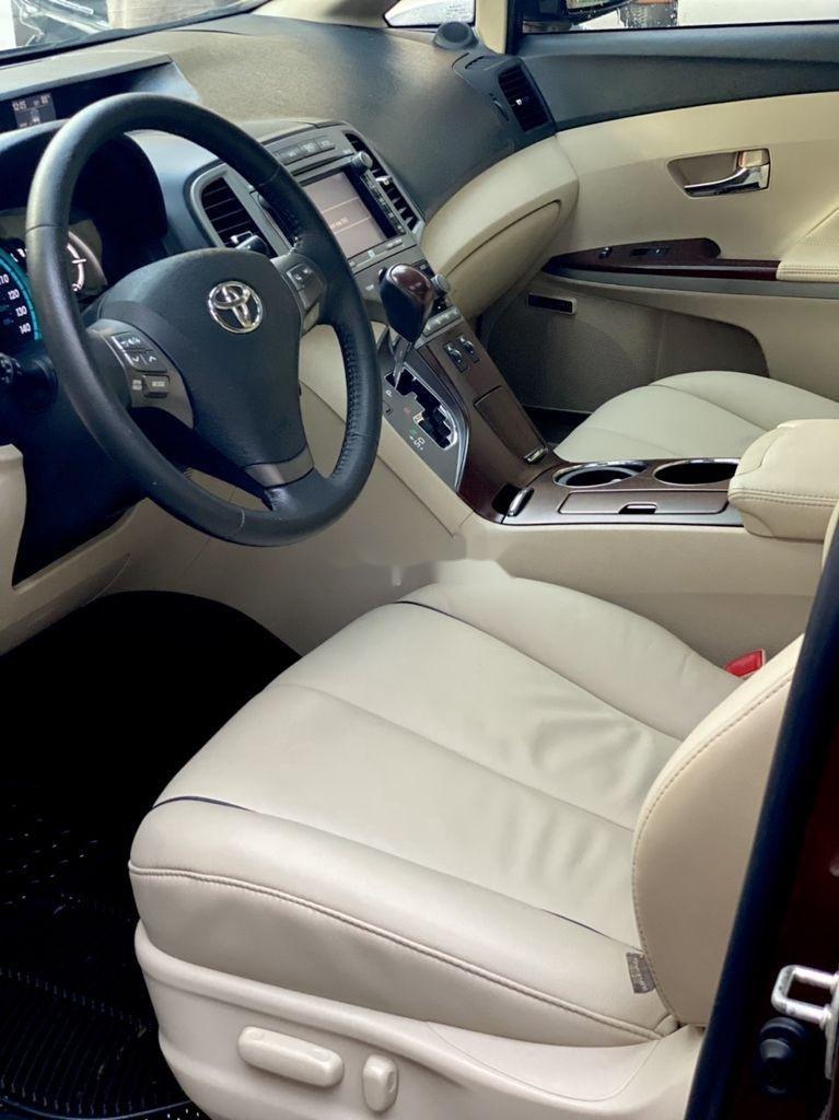 Cần bán gấp Toyota Venza năm sản xuất 2010, xe nhập còn mới giá cạnh tranh (6)