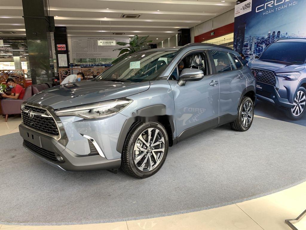 Cần bán Toyota Corolla Cross đời 2021, màu xám, xe nhập, giá tốt (3)