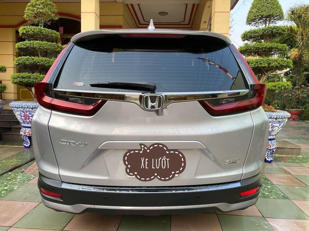 Cần bán xe Honda CR V năm 2020 còn mới (2)