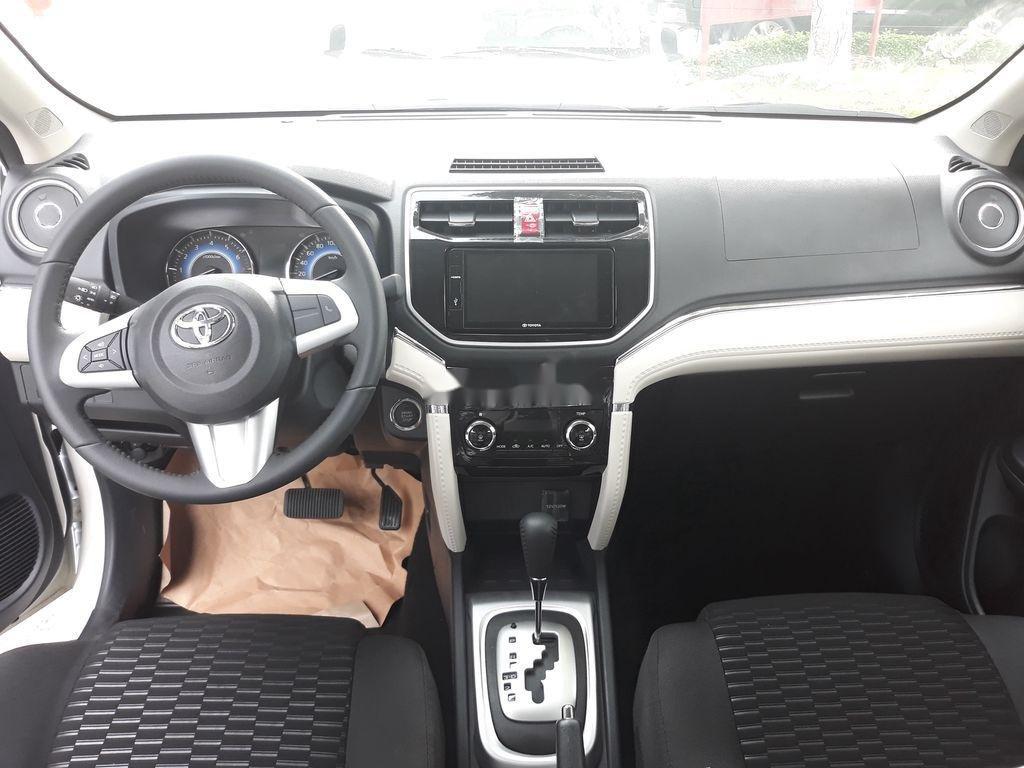 Cần bán xe Toyota Rush sản xuất 2020, màu đen, nhập khẩu nguyên chiếc, 633tr (8)