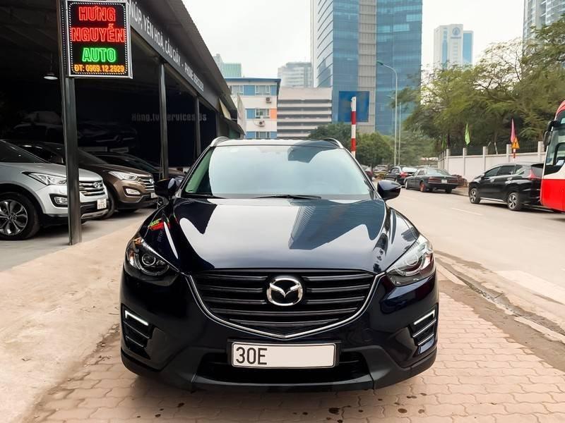 Cần bán Mazda 5 sản xuất năm 2017, màu đen chính chủ, giá tốt (1)