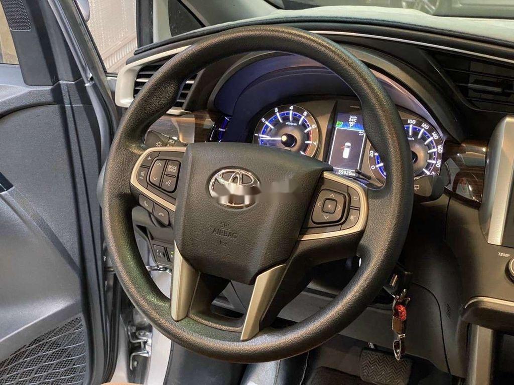 Bán Toyota Innova đời 2019, màu xám còn mới, giá chỉ 750 triệu (6)
