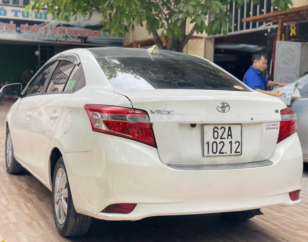 Cần bán xe Toyota Vios đời 2018, màu trắng chính chủ (5)