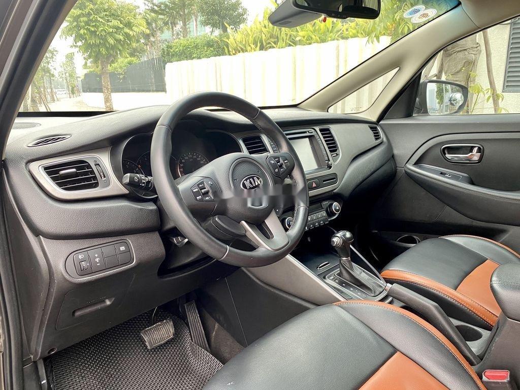 Cần bán lại xe Kia Rondo đời 2015, màu nâu, 485 triệu (5)