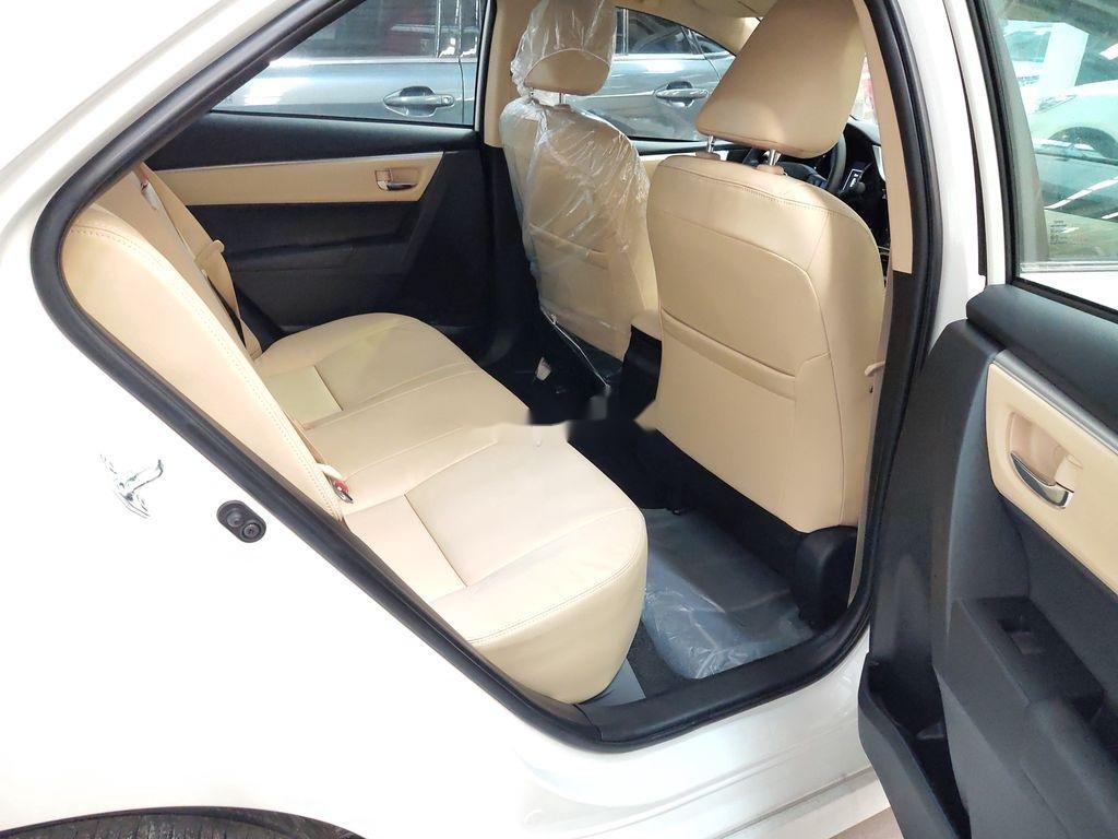 Bán Toyota Corolla Altis năm sản xuất 2020, màu trắng (5)