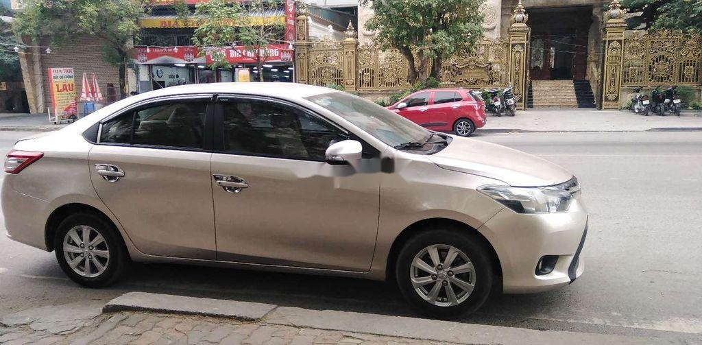 Bán Toyota Vios đời 2015, màu vàng chính chủ, giá chỉ 318 triệu (2)