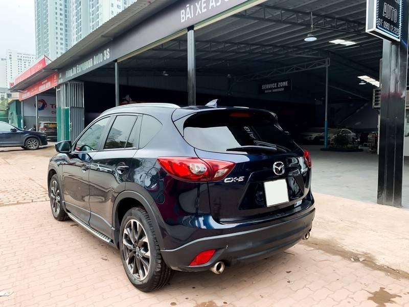 Cần bán Mazda 5 sản xuất năm 2017, màu đen chính chủ, giá tốt (3)