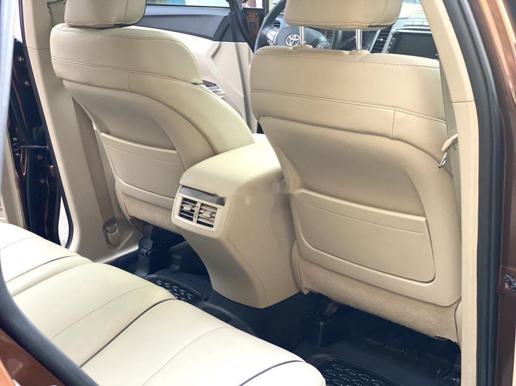 Cần bán gấp Toyota Venza năm sản xuất 2010, xe nhập còn mới giá cạnh tranh (11)