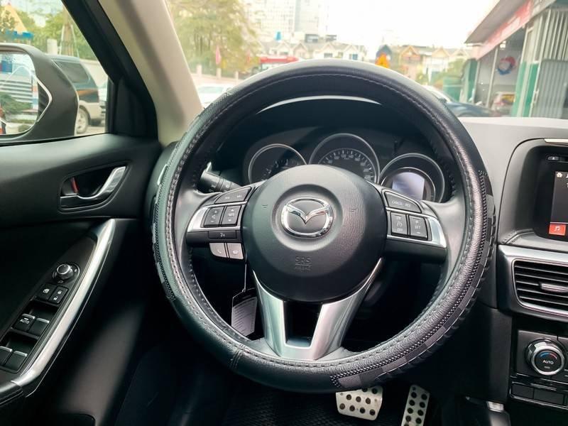Cần bán Mazda 5 sản xuất năm 2017, màu đen chính chủ, giá tốt (5)