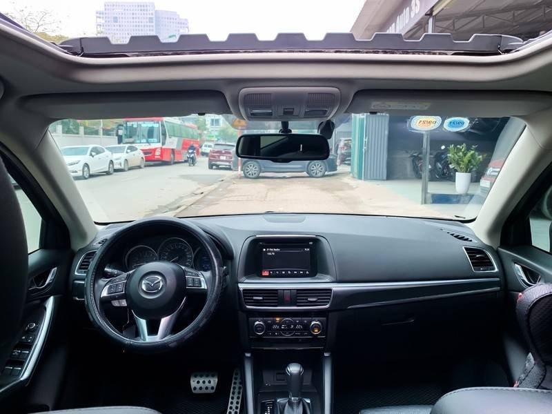 Cần bán Mazda 5 sản xuất năm 2017, màu đen chính chủ, giá tốt (8)