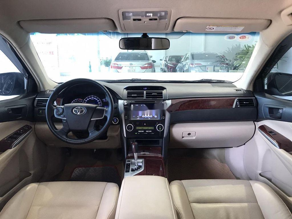 Cần bán Toyota Camry 2.5G 2012, màu đen chính chủ, 690tr (4)