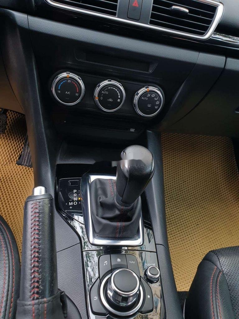 Bán Mazda 3 sản xuất năm 2015, màu trắng, số tự động (11)