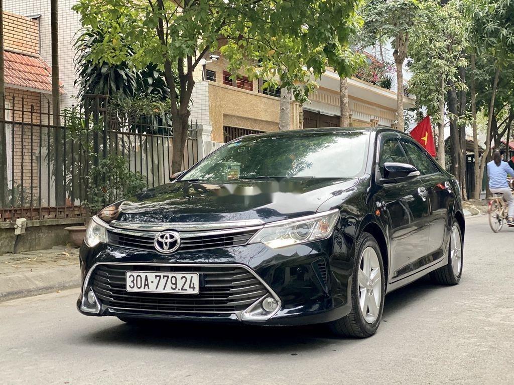 Cần bán Toyota Camry sản xuất 2015 còn mới, 815 triệu (3)