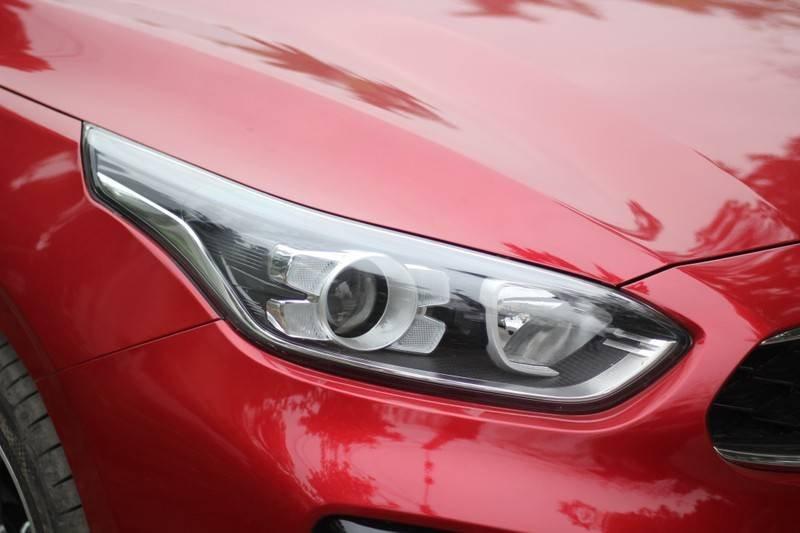 Cần bán Kia Cerato năm 2020, màu đỏ, nhập khẩu  (24)