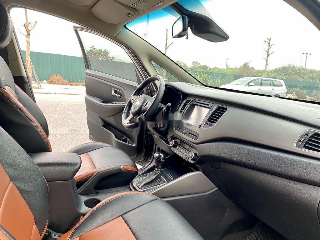 Cần bán lại xe Kia Rondo đời 2015, màu nâu, 485 triệu (8)