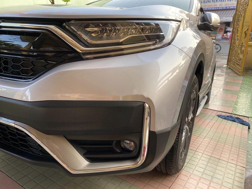 Cần bán xe Honda CR V năm 2020 còn mới (5)