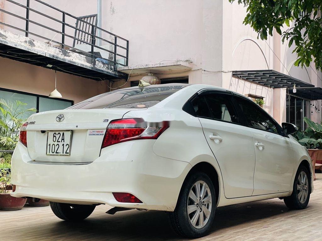 Cần bán xe Toyota Vios đời 2018, màu trắng chính chủ (4)