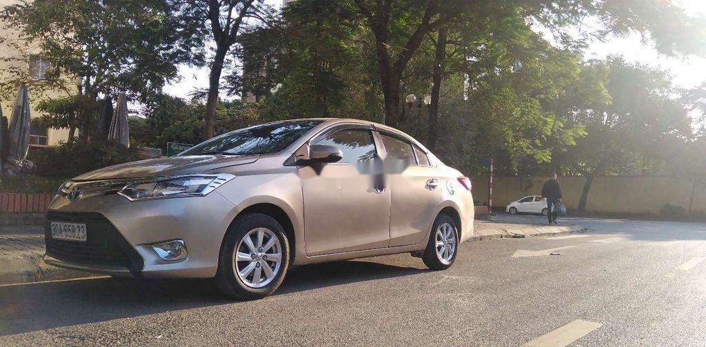 Bán Toyota Vios đời 2015, màu vàng chính chủ, giá chỉ 318 triệu (10)