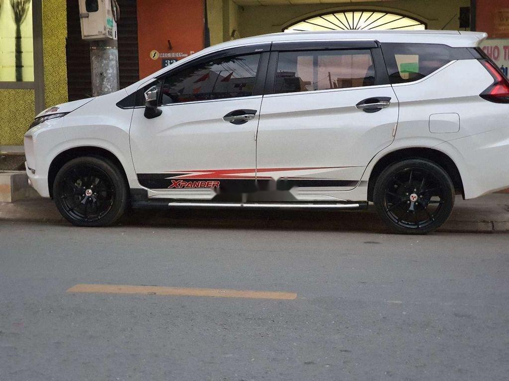 Bán Mitsubishi Xpander sản xuất năm 2019, màu trắng (3)