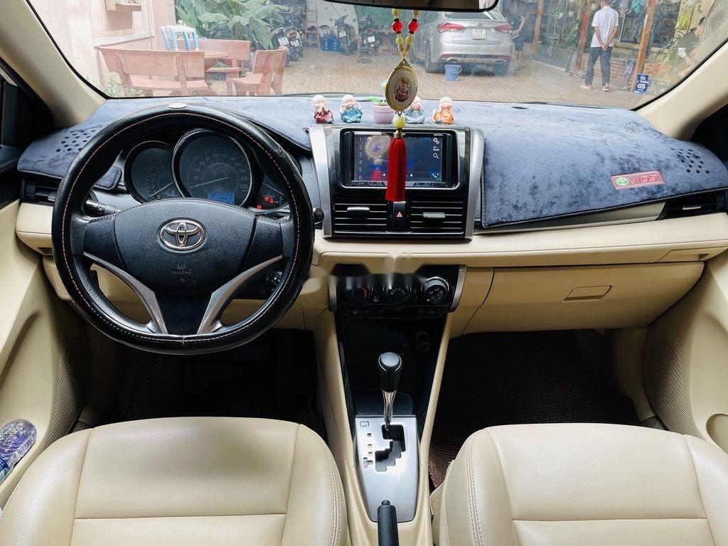 Cần bán xe Toyota Vios đời 2018, màu trắng chính chủ (7)