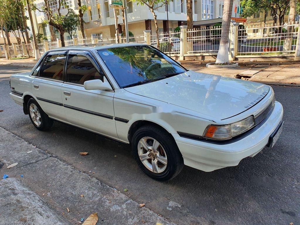 Cần bán lại xe Toyota Camry sản xuất 1989 còn mới (5)