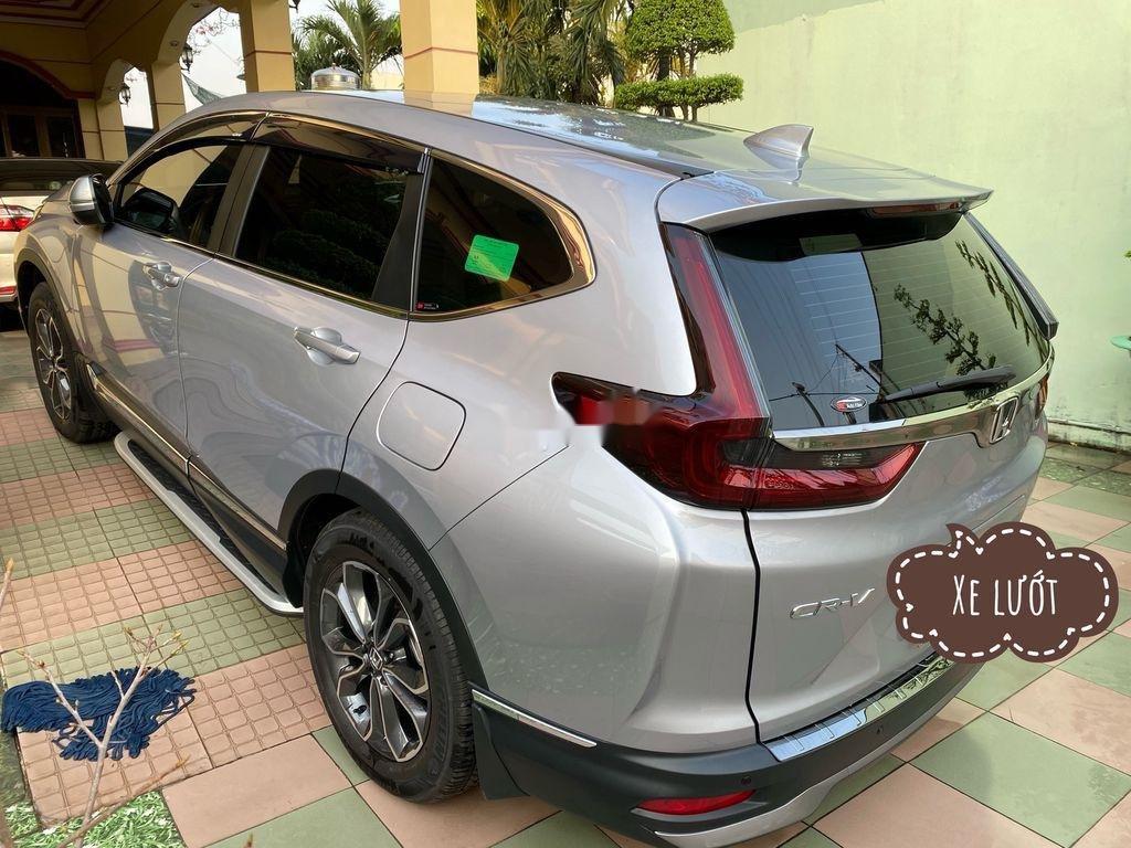 Cần bán xe Honda CR V năm 2020 còn mới (6)