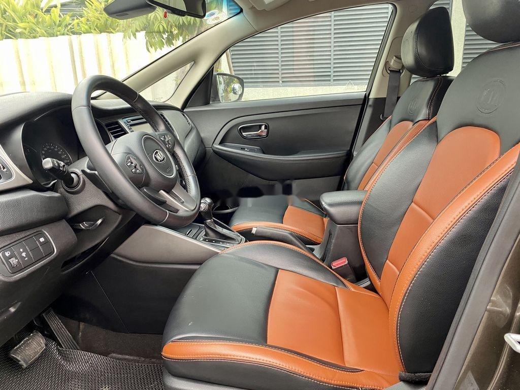 Cần bán lại xe Kia Rondo đời 2015, màu nâu, 485 triệu (7)