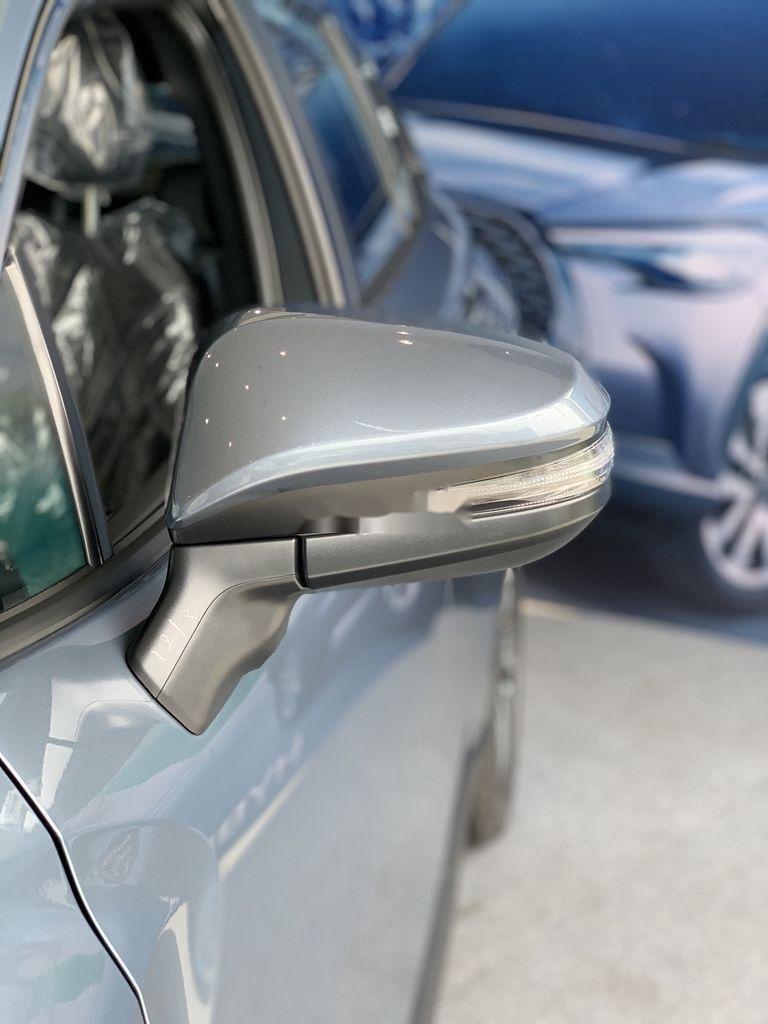Cần bán Toyota Corolla Cross đời 2021, màu xám, xe nhập, giá tốt (7)