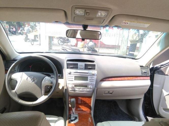 Cần bán lại xe Toyota Camry 2.4G năm sản xuất 2011, màu đen (8)