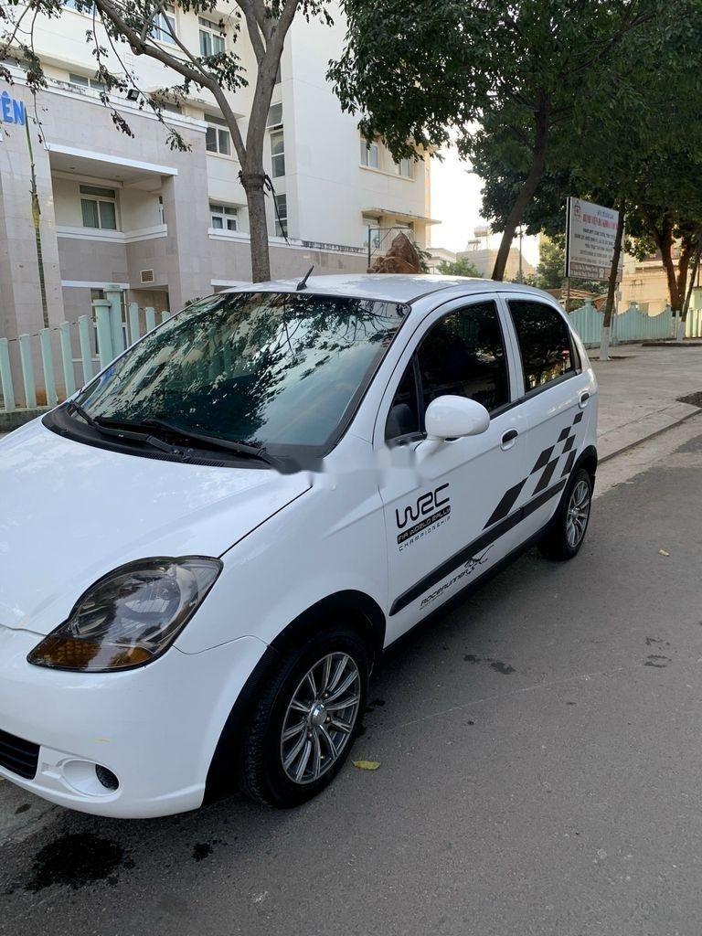 Cần bán xe Chevrolet Spark 2011, màu trắng chính chủ (2)