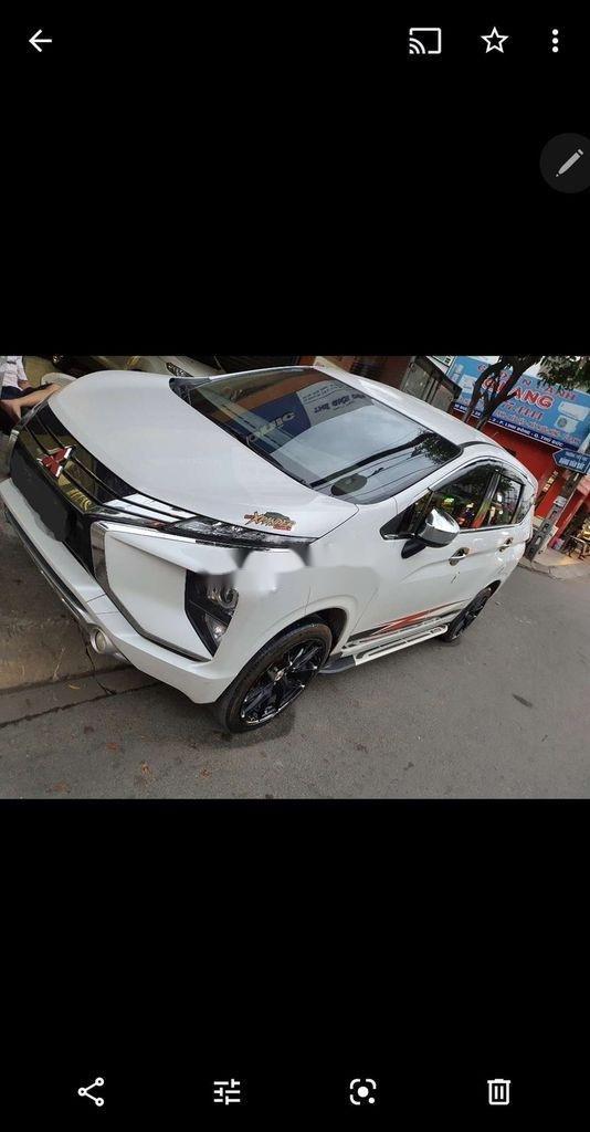 Bán Mitsubishi Xpander sản xuất năm 2019, màu trắng (1)