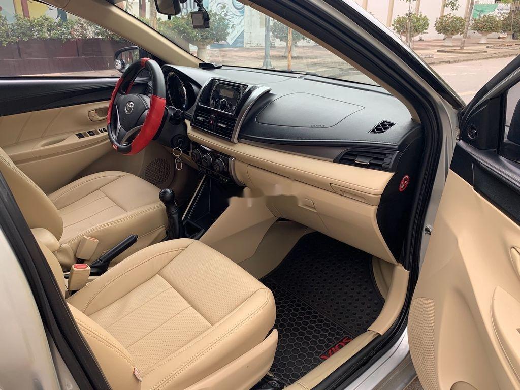 Bán Toyota Vios năm 2014, màu bạc chính chủ, 338tr (8)