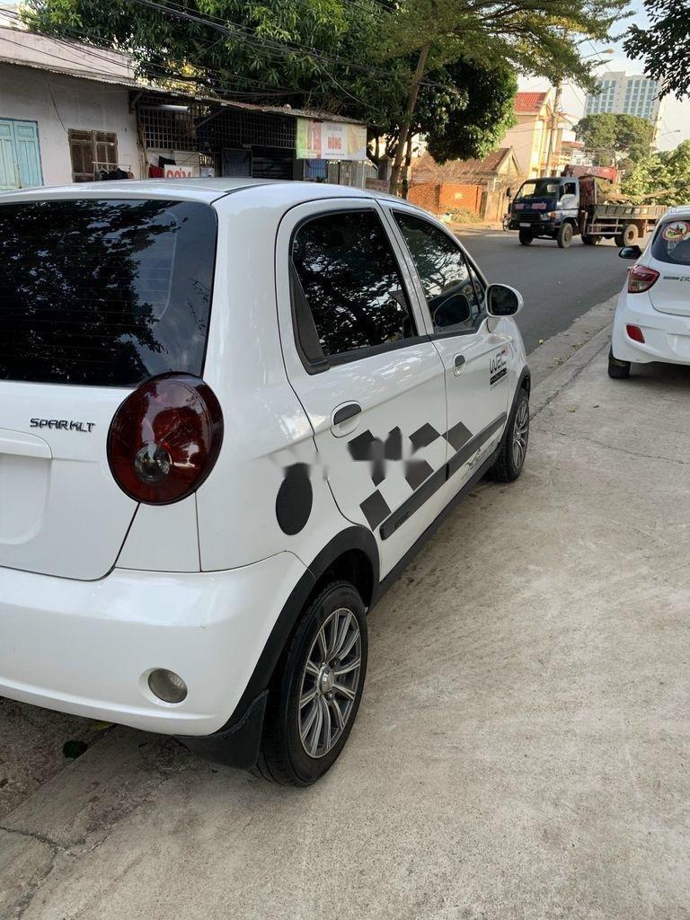 Cần bán xe Chevrolet Spark 2011, màu trắng chính chủ (9)