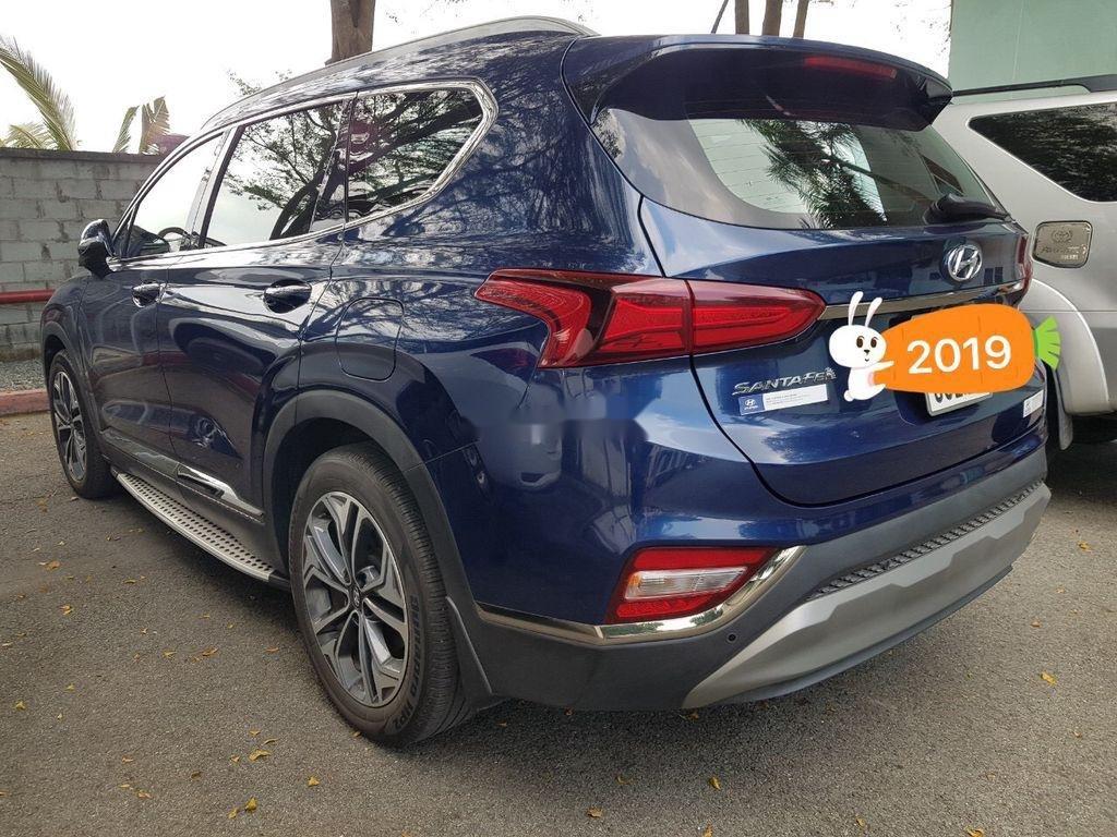 Cần bán lại xe Hyundai Santa Fe sản xuất năm 2019 còn mới (3)
