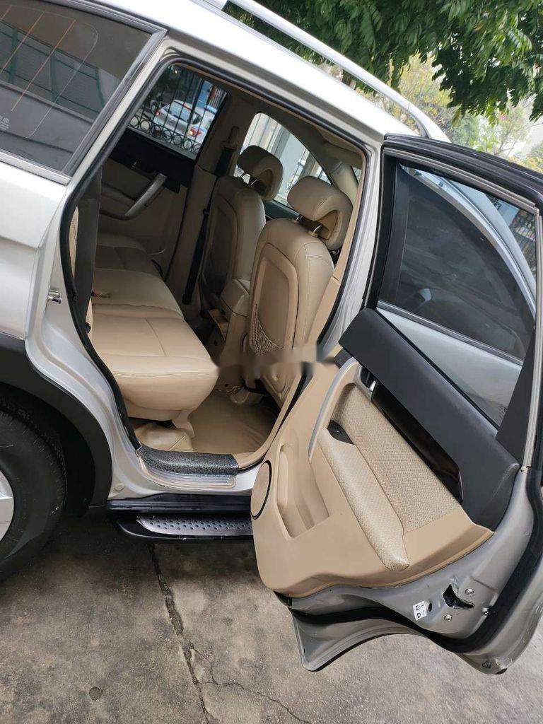 Bán Chevrolet Captiva đời 2008, màu bạc chính chủ (3)