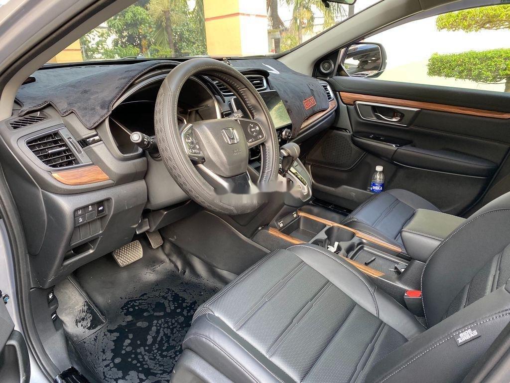 Cần bán xe Honda CR V năm 2020 còn mới (7)
