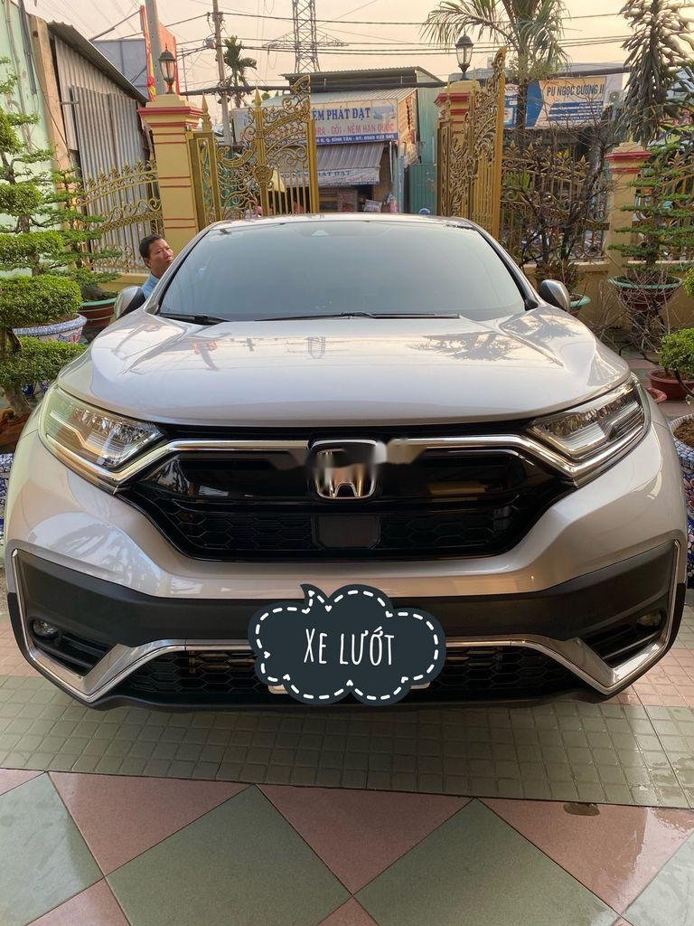 Cần bán xe Honda CR V năm 2020 còn mới (1)