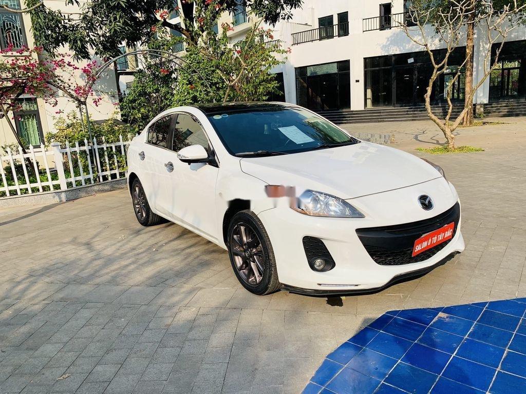 Cần bán Mazda 3 2012, màu trắng, giá cạnh tranh (1)