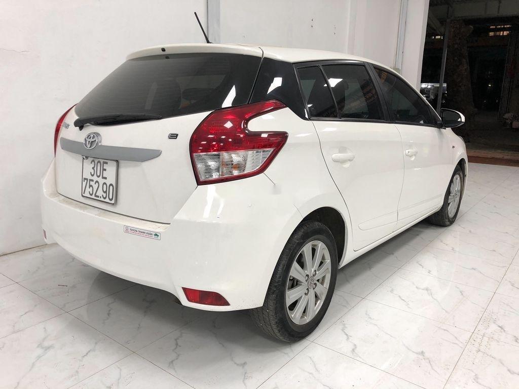 Bán Toyota Yaris sản xuất năm 2017, màu trắng, giá chỉ 525 triệu (2)