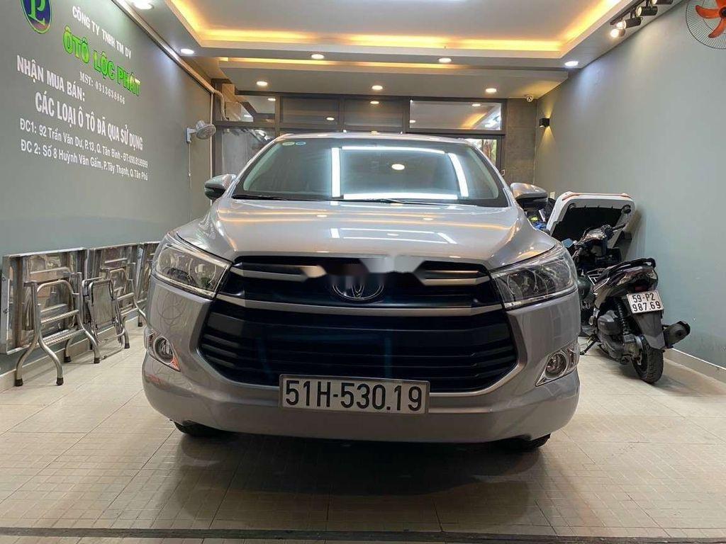 Bán Toyota Innova đời 2019, màu xám còn mới, giá chỉ 750 triệu (2)