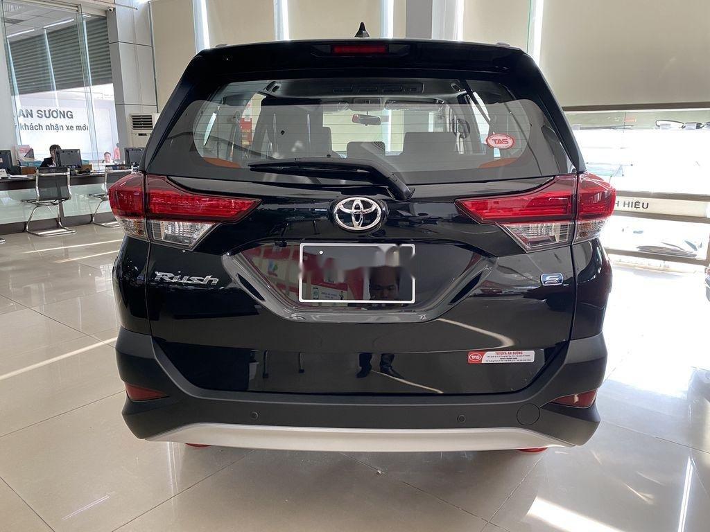 Cần bán xe Toyota Rush sản xuất 2020, màu đen, nhập khẩu nguyên chiếc, 633tr (3)