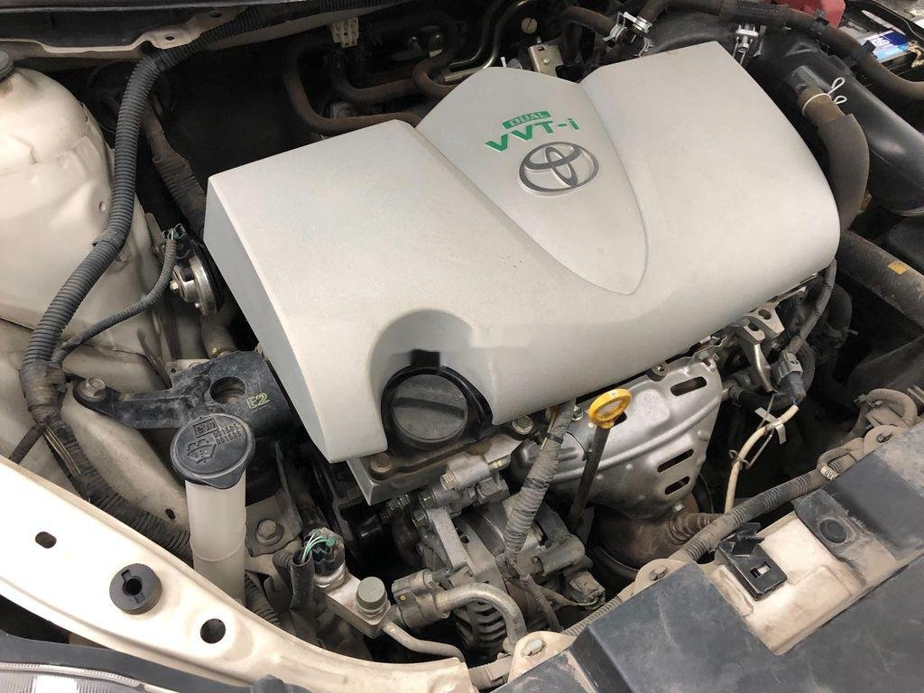 Bán Toyota Yaris sản xuất năm 2017, màu trắng, giá chỉ 525 triệu (7)