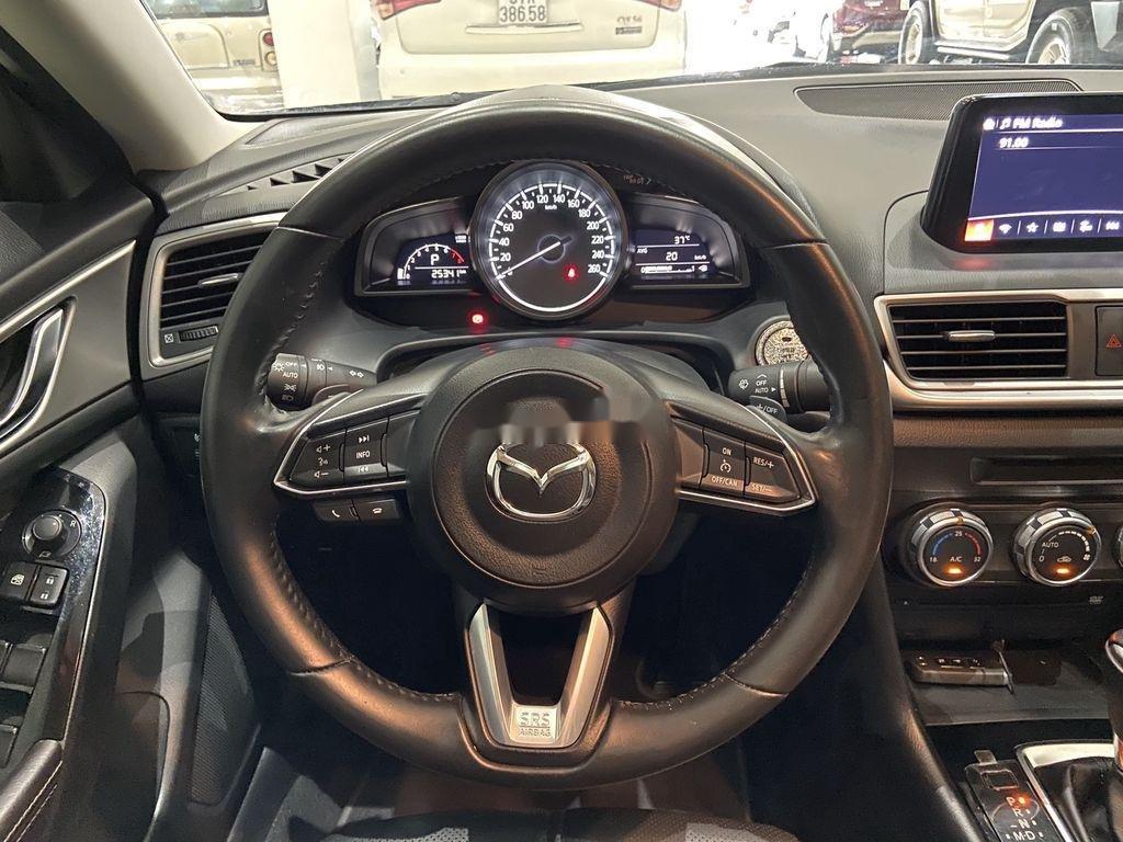 Bán Mazda 3 2019, màu xanh lam chính chủ, giá tốt (6)
